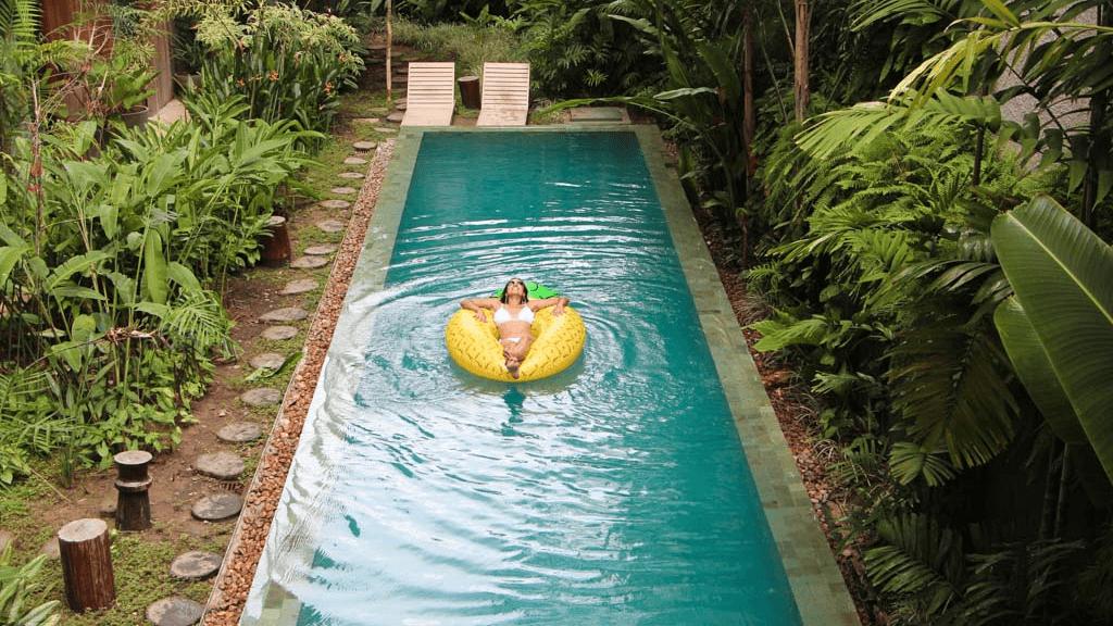 Piscina verde: porque a água fica assim?